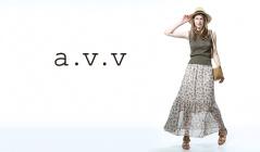 A.V.V WOMENのセールをチェック