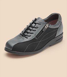 MADRAS IMPORT SHOES and moreのセールをチェック